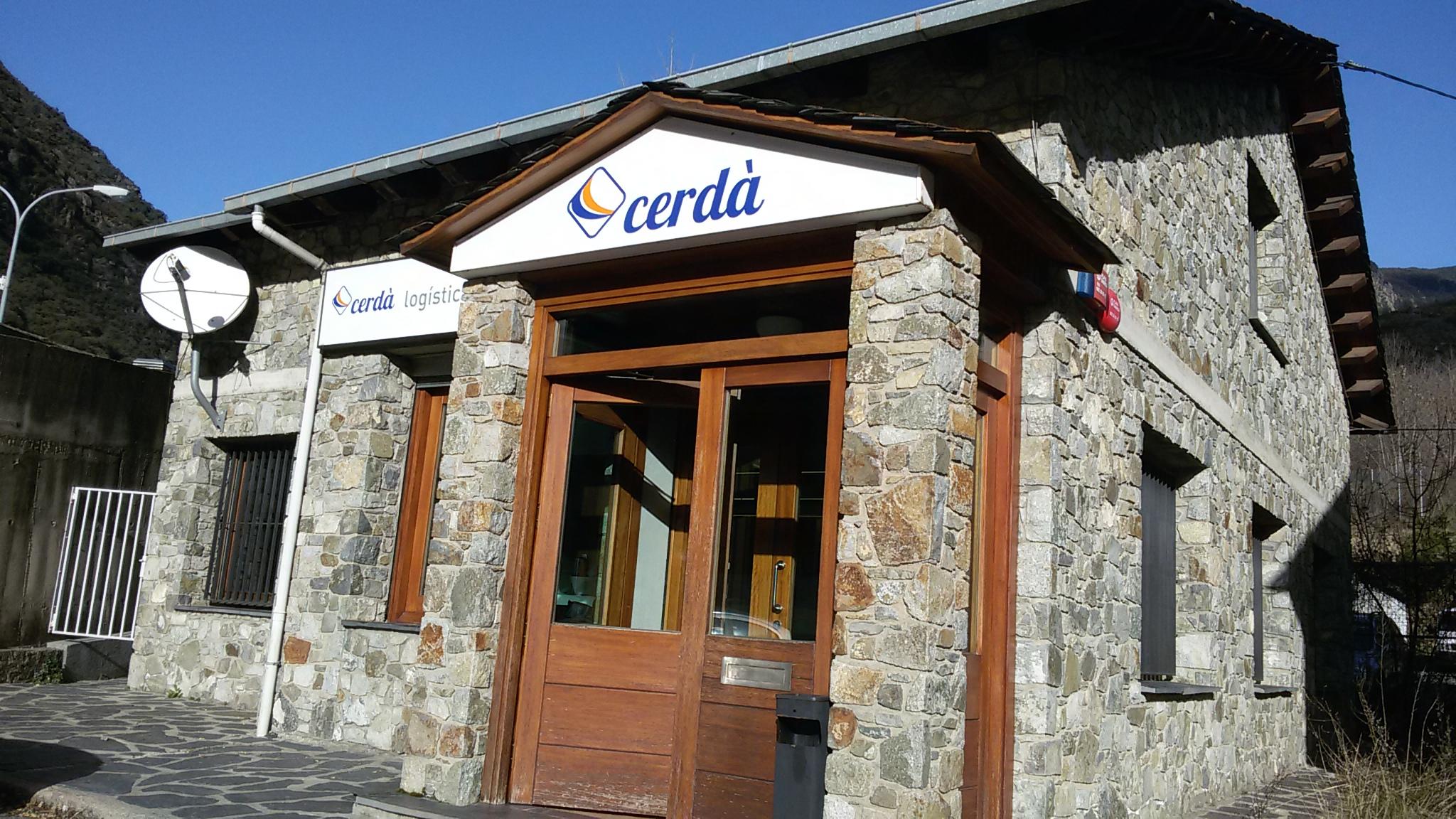 Exterior Oficina Aduanas Cerdà