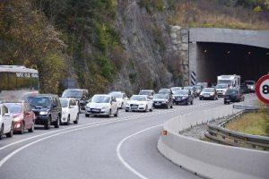 Caravana en carretera de Andorra